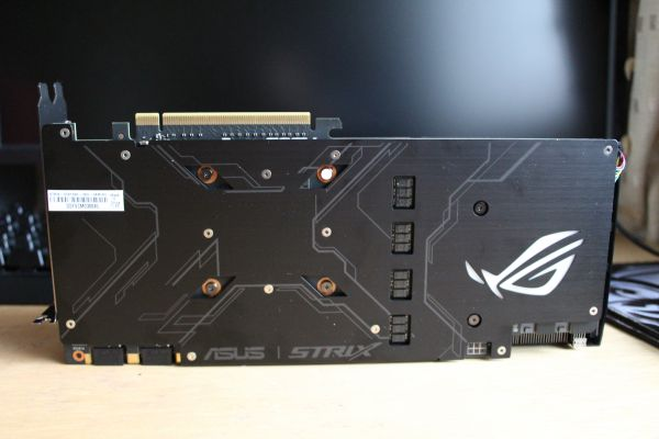 ASUS ROG Strix GeForce GTX 1080 - top and backplate