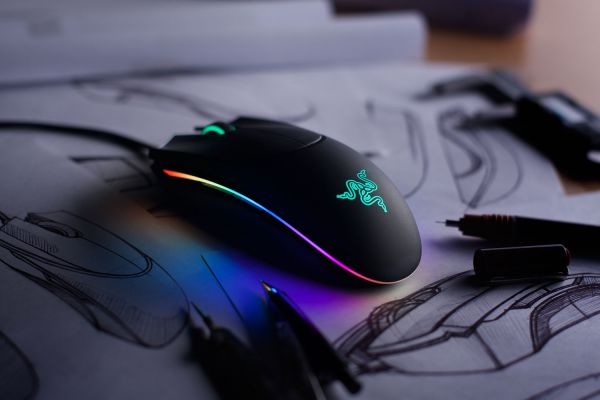 Razer Diamondback Marketing shot - aughhh
