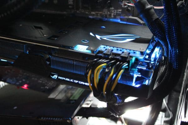 Asus Strix GeForce GTX 1080 Ti - RGB Blue