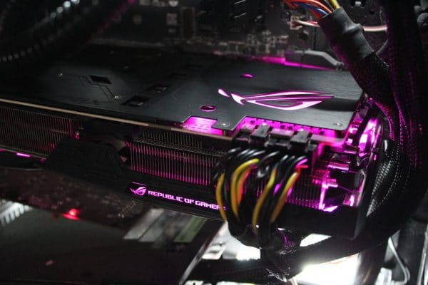 Asus Strix GeForce GTX 1080 Ti - RGB Purple