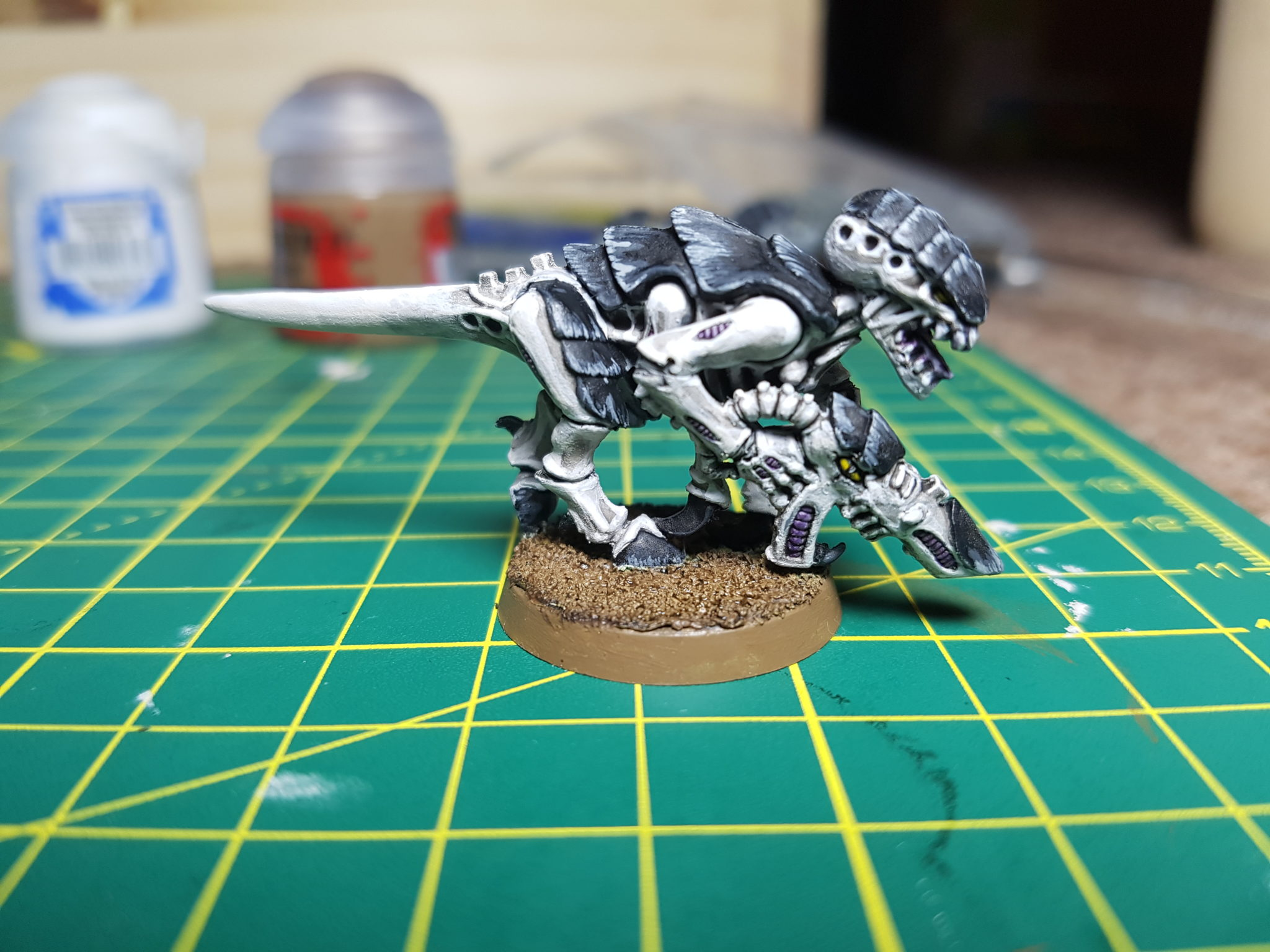 Tyranid Hive Fleet Dragur Black and White - Experiment 3