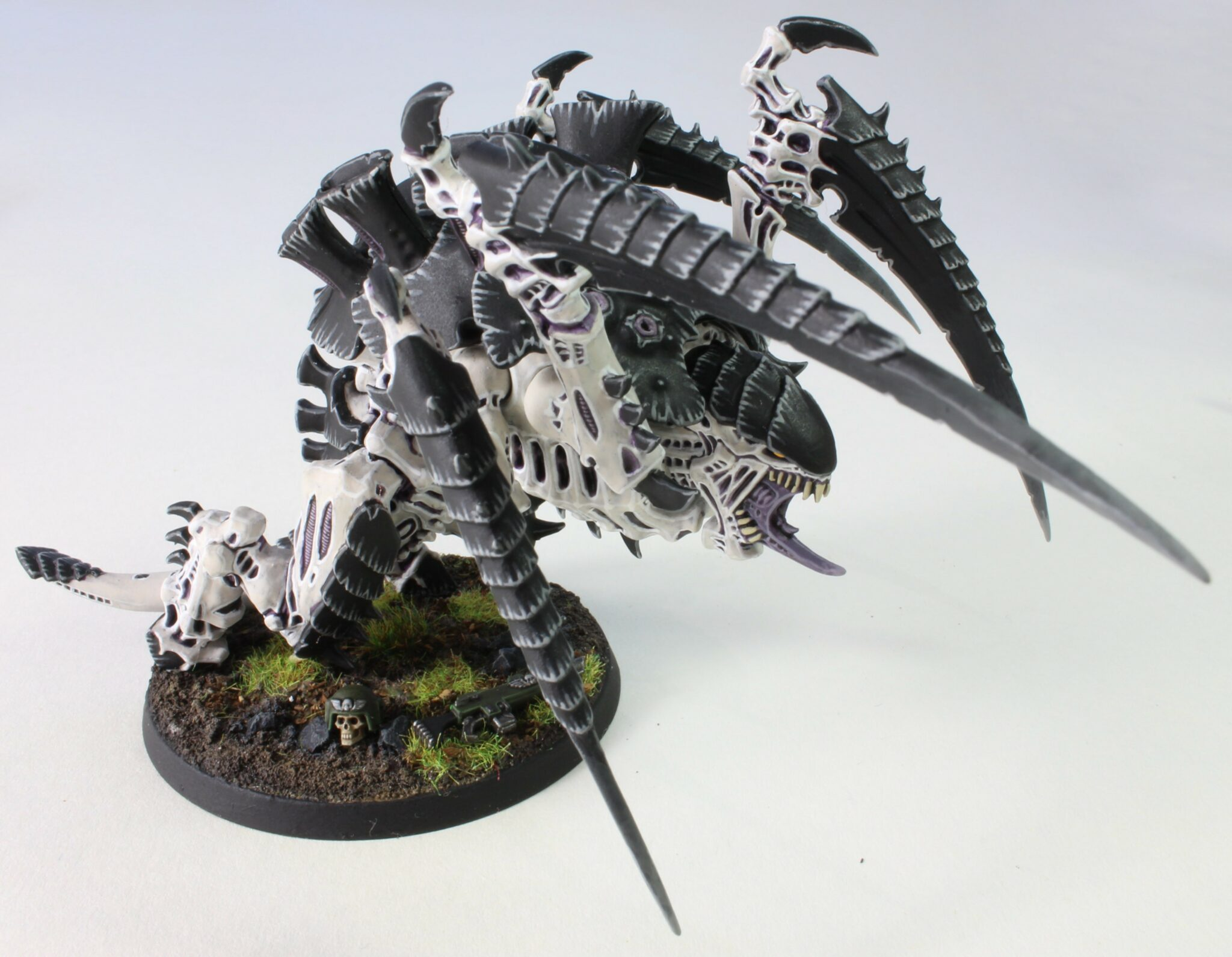 Tyranids - Screamer Killer Carnifex - Scything Talons - Front Right Side